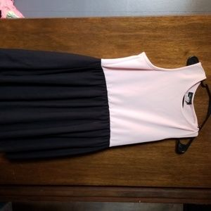 Dresses & Skirts - Cute dress